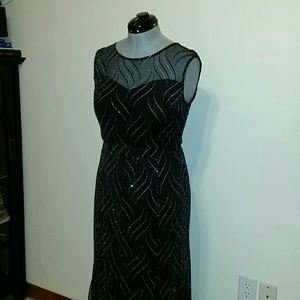 Candalite  black and silver long dress L